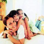 ¿Qué es mejor para mi familia: una niñera o una Au Pair?